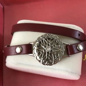 Origami owl burgundy double wrap bracelet & locket